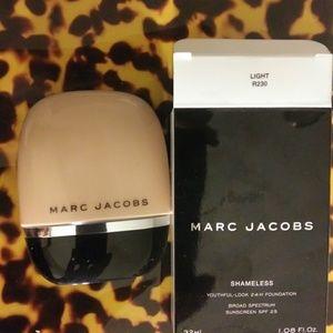 Marc Jacobs shameless youthful look 24 hour founda